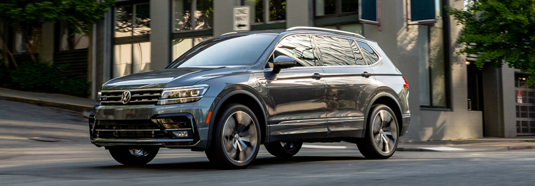 What colors are available on the 2020 Volkswagen Tiguan?