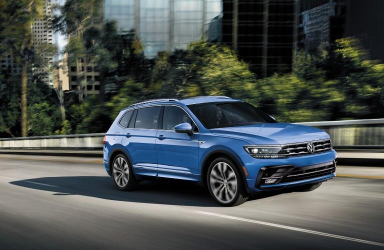 2020 Volkswagen Tiguan in blue