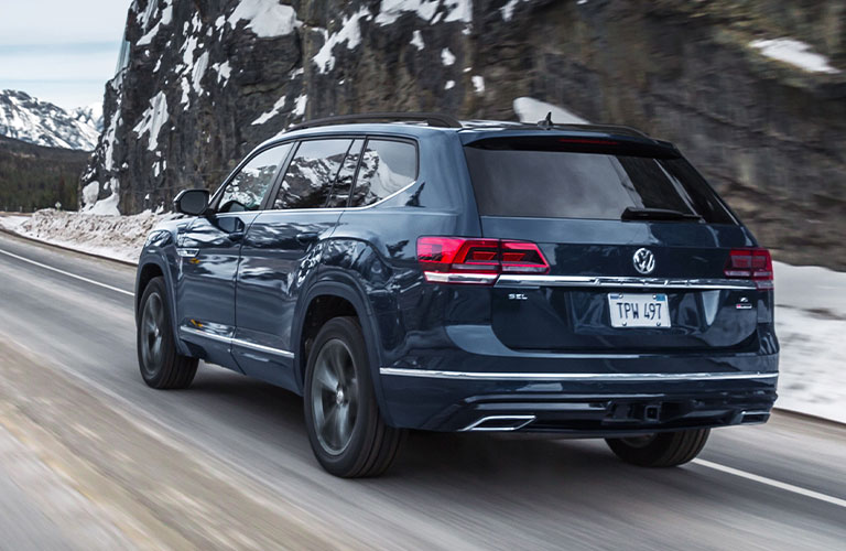 2020 Volkswagen Atlas rear in gray