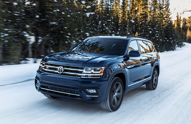 2020 Volkswagen Atlas in blue