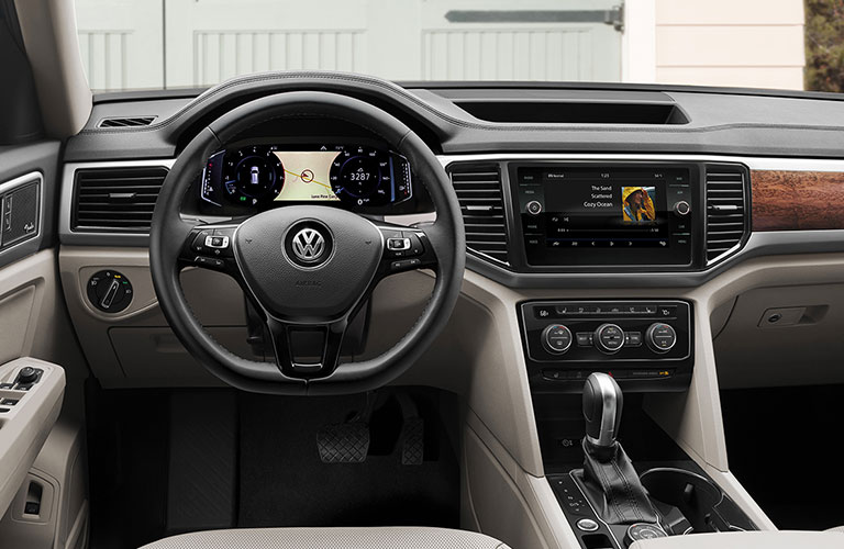 2020 Volkswagen Atlas dashboard