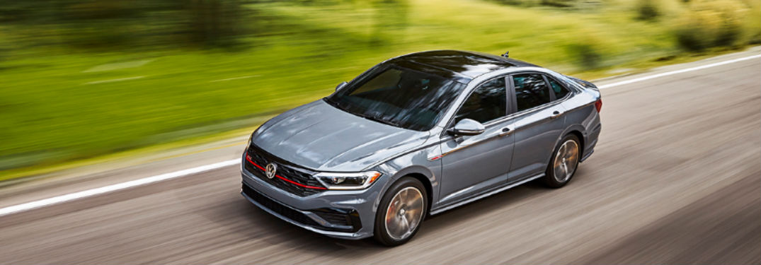 How many colors does the Volkswagen Jetta GLI have?