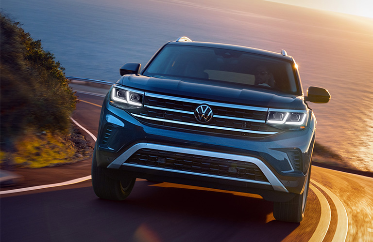 2021 Volkswagen Atlas in black
