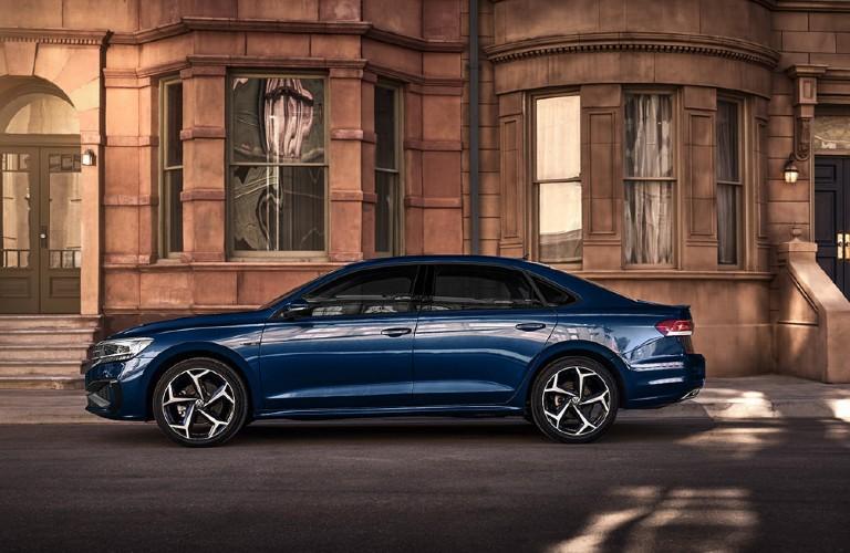 Volkswagen Passat side proifle