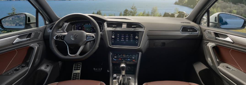 2022 Volkswagen Tiguan steering wheel, digital cockpit and technology features