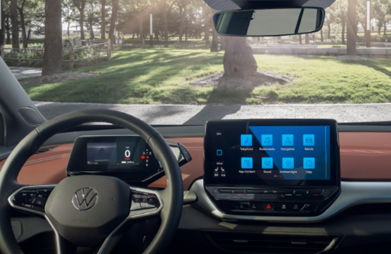 Steering wheel and technology features of the 2021 Volkswagen ID.4