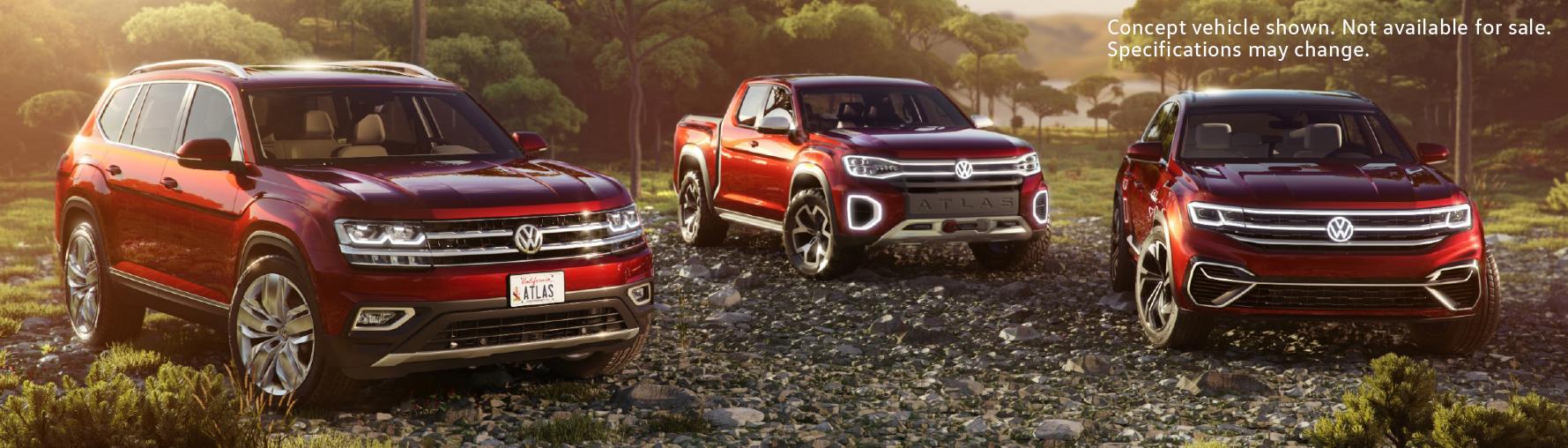 Volkswagen-Atlas-Atlas-Tanoak-Concept-and-Atlas-Sport-Concept-parked-in-wooded-area