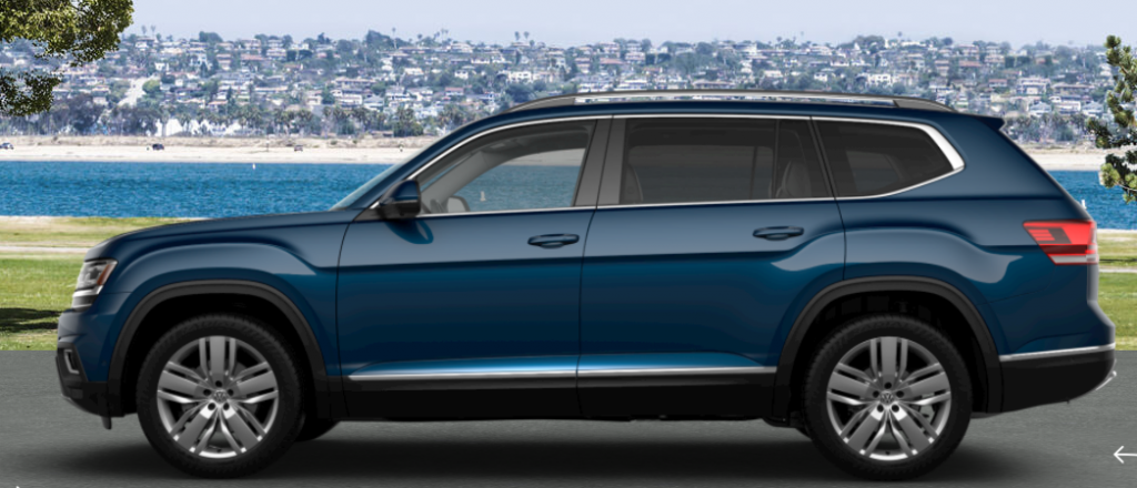 What are the color options offered for the 2019 Volkswagen