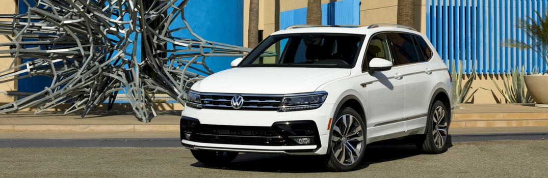 2018 Volkswagen Tiguan with R-Line style in pure white