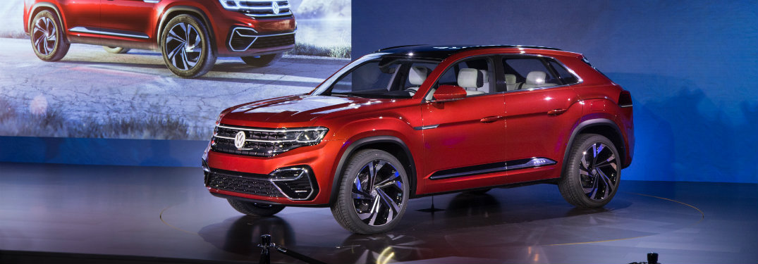 2019 VW Cross Sport at the 2018 NYIAS