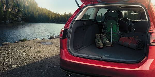 Technology Features of the 2017 Volkswagen Golf Alltrack Trunk Space