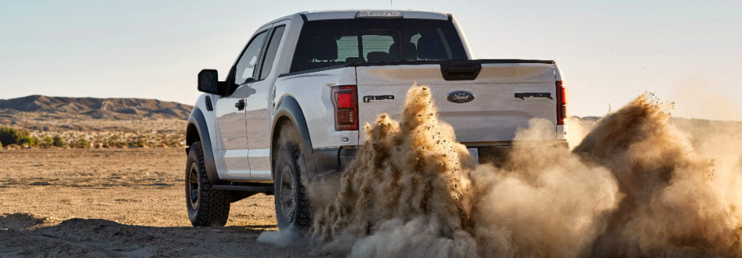 What tires will be offered on the 2017 Ford F-150 Raptor?
