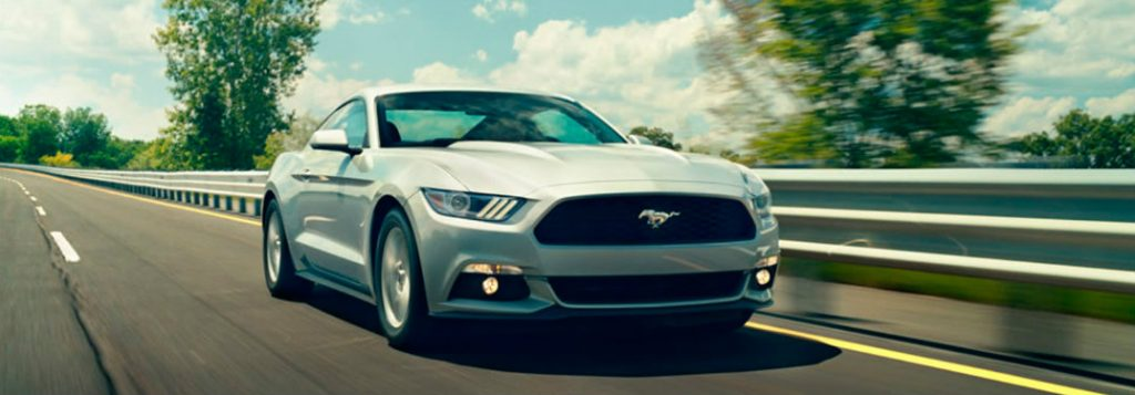 10 Best Certified Pre Owned Luxury Cars Under 30 000: Does The 2017 Mustang Offer Rearview Mirrors With Horse