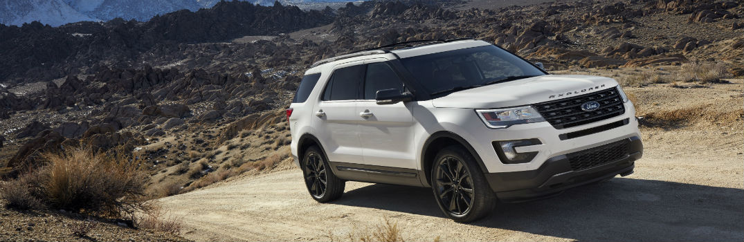 What's the Difference Between the 2017 Ford Explorer and the 2017 Ford Expedition?