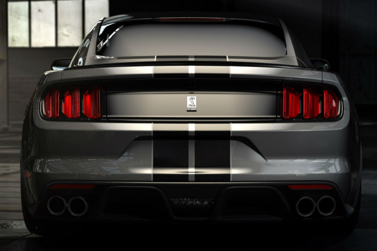 2018 Ford Shelby GT350 Mustang rear exterior_o