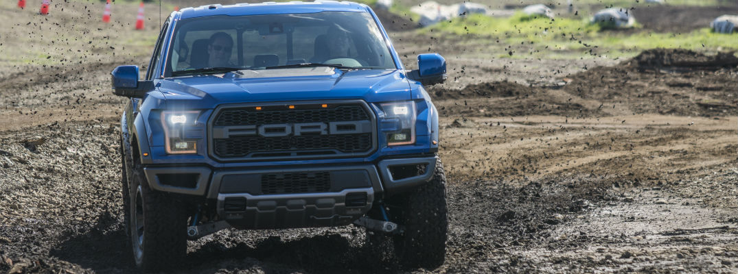 2017 Ford F-150 Raptor Named Best Pickup at NWAPA Mudfest_o