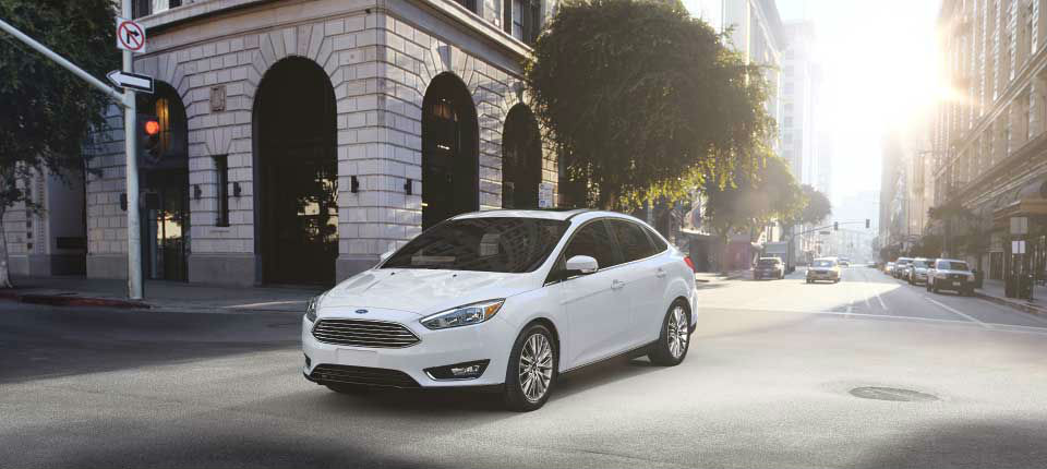 2017 Ford Focus Oxford White front side exterior_o