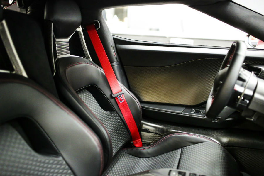 2018 Ford GT 67 Heritage Edition front interior seats and seat belts_o