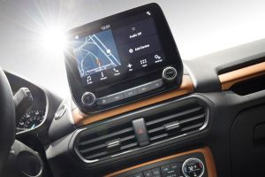 2018 Ford EcoSport front interior SYNC infotainment system_o