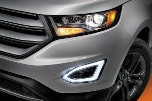 2018 Ford Edge front exterior grille and headlights_o