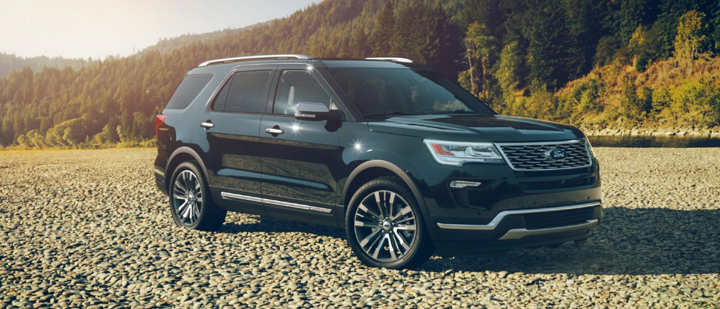 2018 ford explorer shadow black exterior color