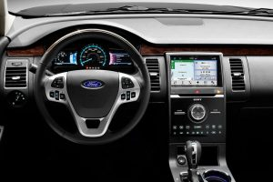 driver information display and infotainment system of the 2018 Ford Flex