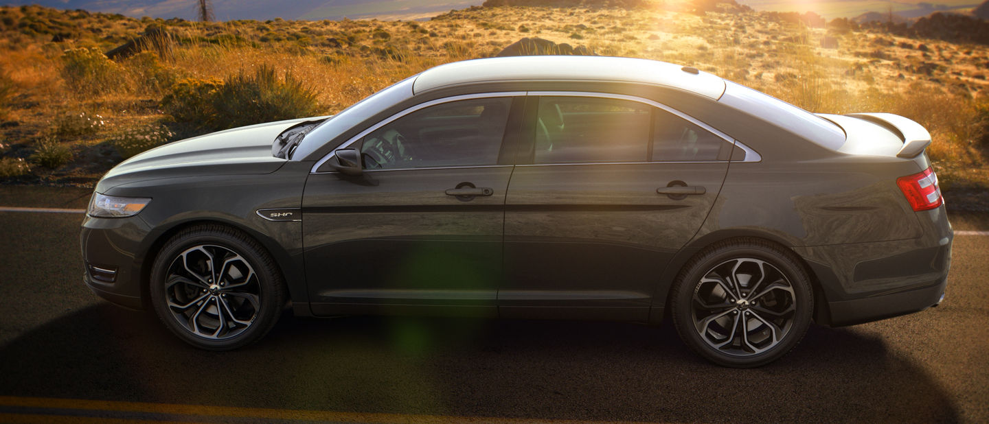 2018 Ford Taurus Magnetic Exterior Color
