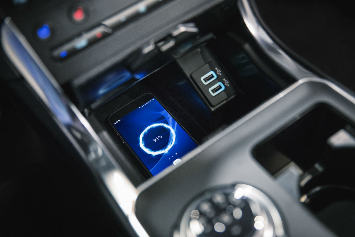 Close Up Of The Wireless Charging Pad In The  Ford Edge St
