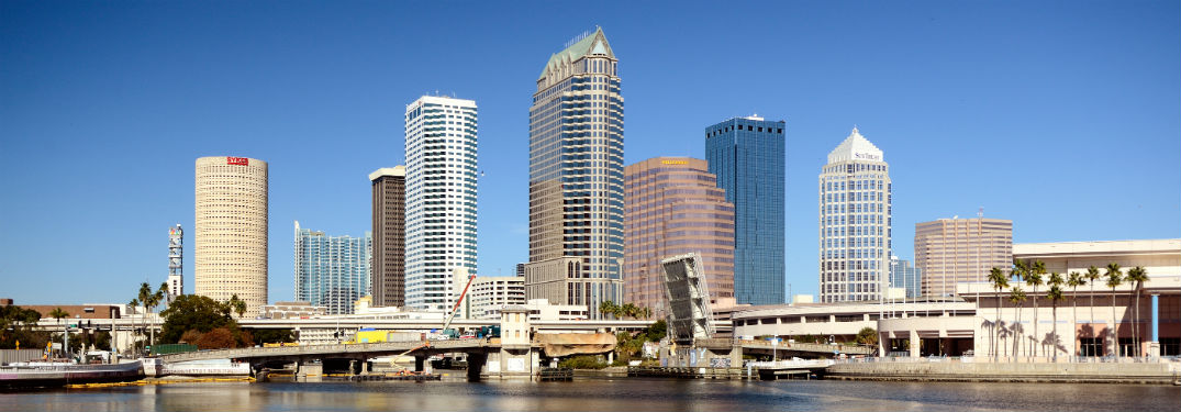 wide angle view of the Tampa, FL, skyline