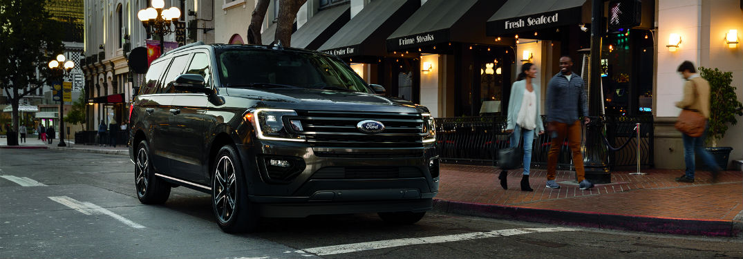 front view of a black 2019 Ford Expedition