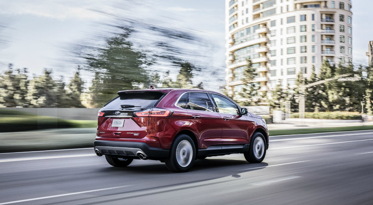 Listing the engine options and power ratings for the 2019 ford edge lineup at brandon ford in tampa fl