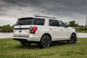 side view of a white 2019 Ford Expedition