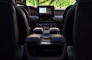 full interior of a 2018 Lincoln Navigator