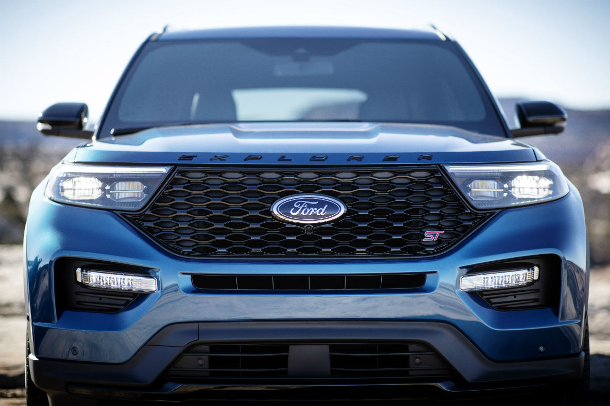 front exterior of a blue 2020 Ford Explorer