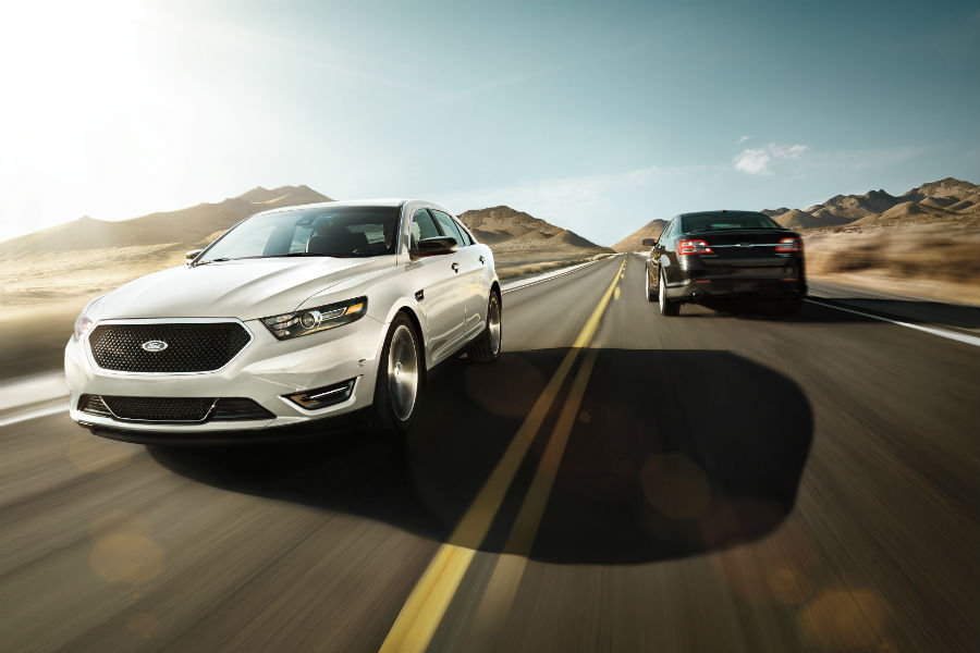two 2019 Ford Taurus models