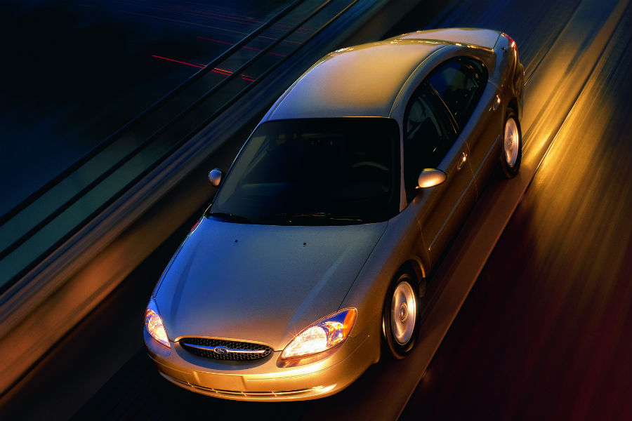 high-angle-view-of-a-silver-2000-Ford-Taurus_o