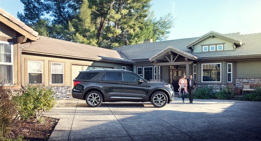 side view of a black 2021 Ford Explorer