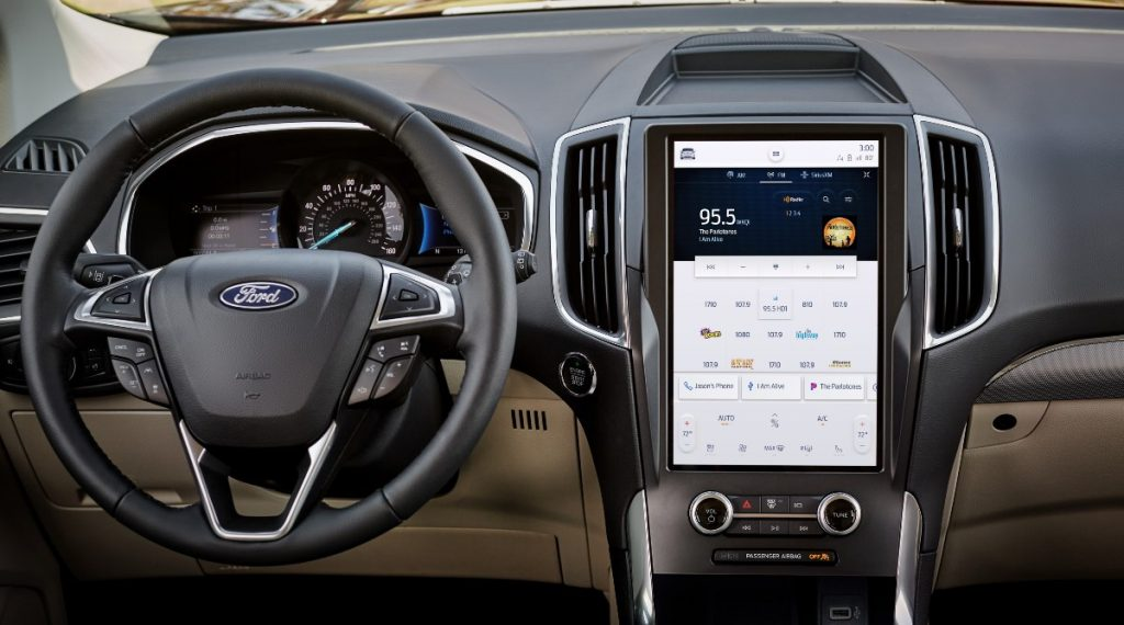 driver dash and infotainment system in a 2021 Ford Edge
