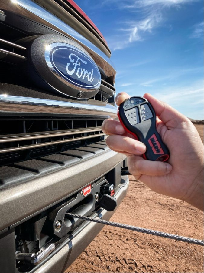 handing holding winch control for Ford winch