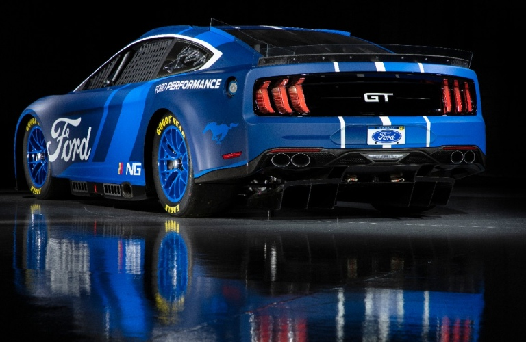 2022 Ford Mustang NASCAR Edition back end