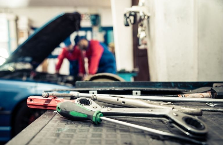 Mechanical tools in the service center
