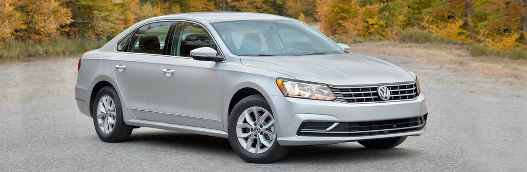 2018 VW Passat Gray Facing to the Right