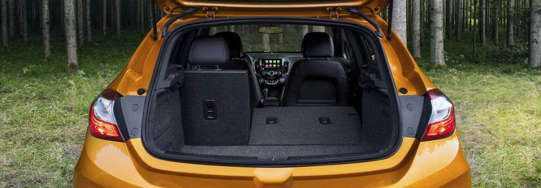 Chevrolet Cruze 2018 >> 2018 Chevy Cruze Hatchback Cargo Volume | Jack Burford Chevrolet
