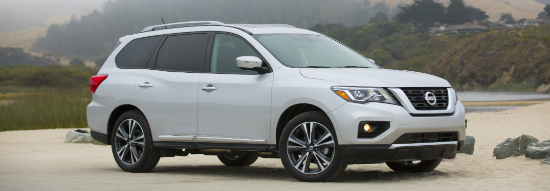 silver exterior of 2018 nissan pathfinder