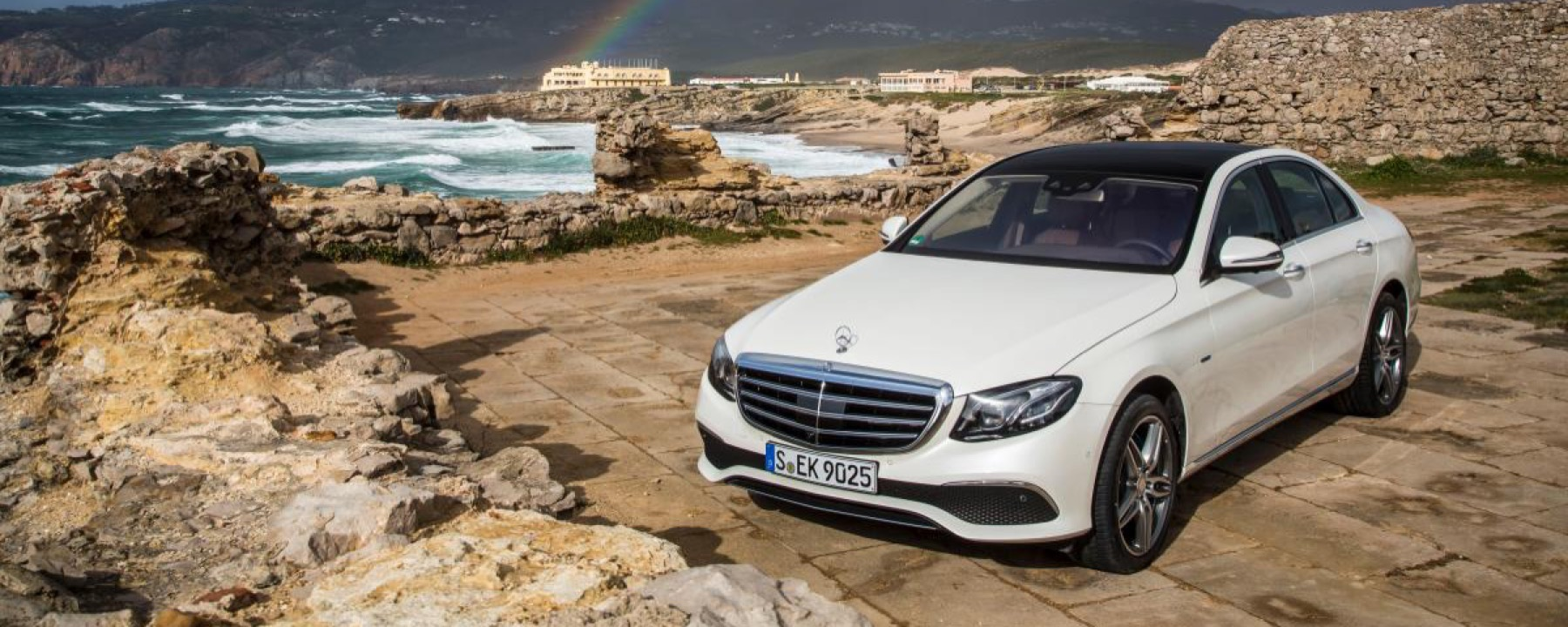 Techs and specs of the new mercedes benz e class baker for Mercedes benz e class specifications