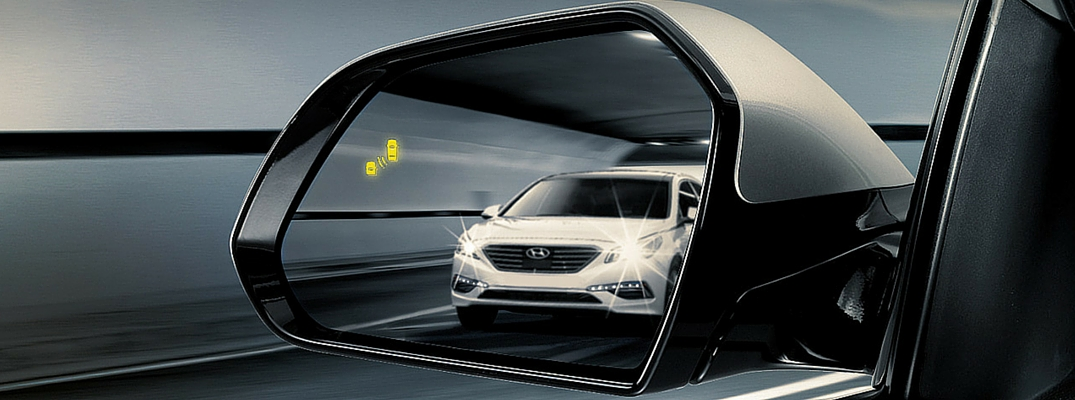 How to set up your side view mirrors to reduce your blind spot