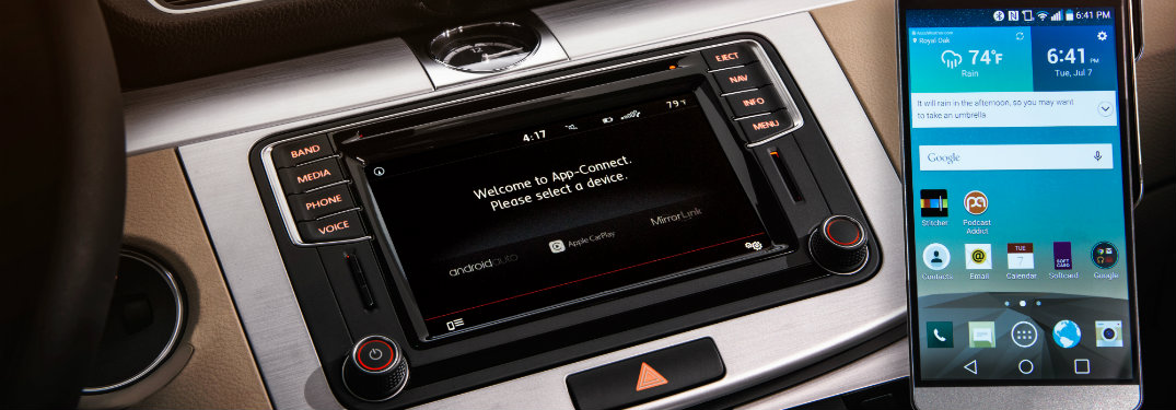 touchscreen in car and smartphone