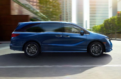2021 Honda Odyssey blue exterior passenger side driving