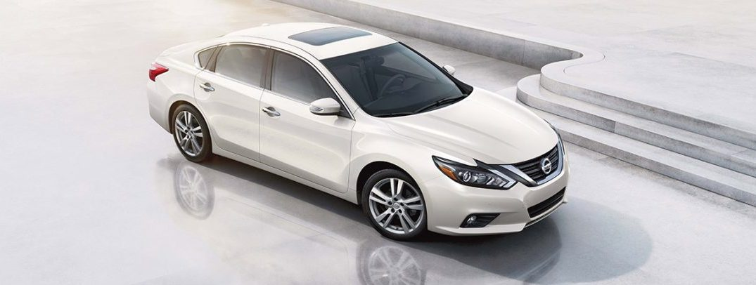 2017 Nissan Altima >> 2017 Nissan Altima Interior Specs And Features