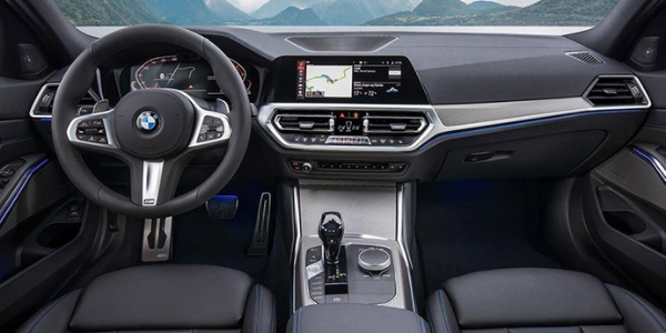 2019 BMW 3 Series Dashboard and Front Seat Interior
